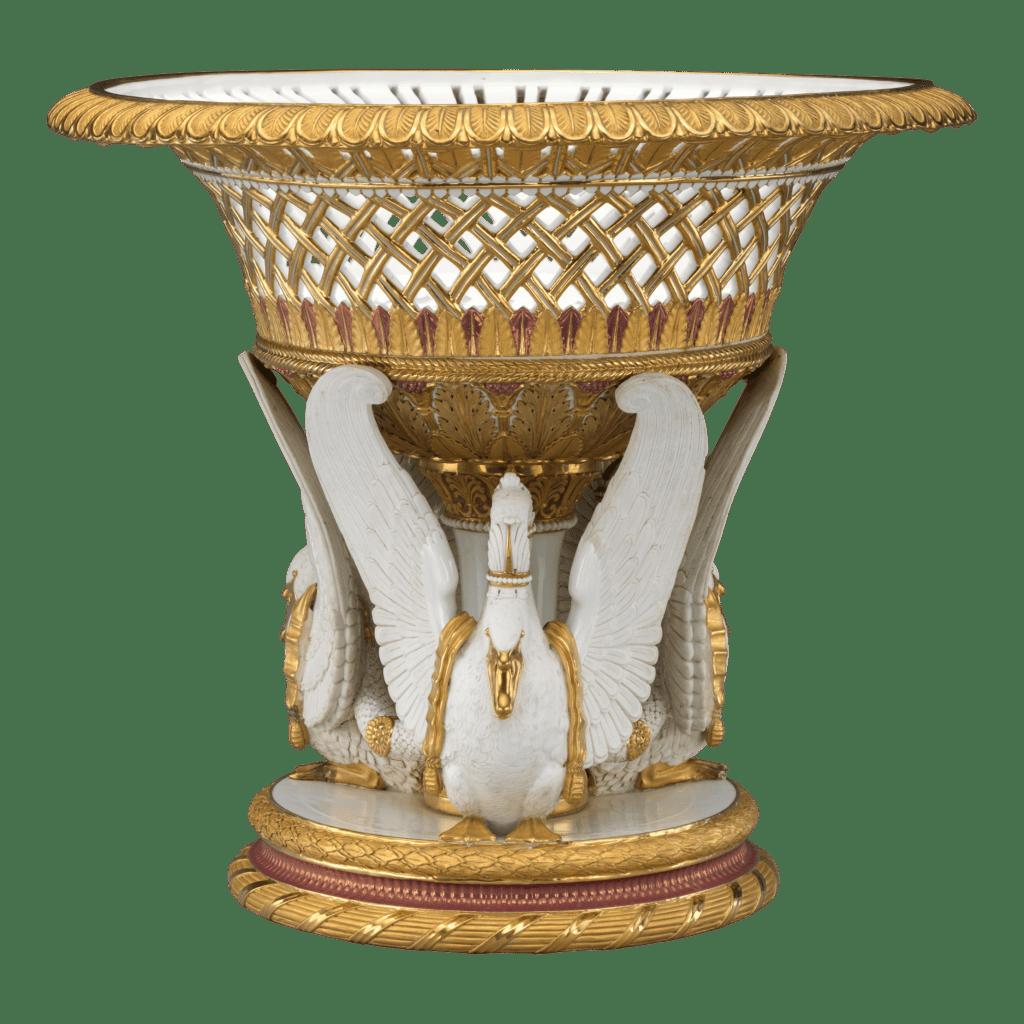 Corbeille en porcelaine de Sèvres. Pâte dure et or.