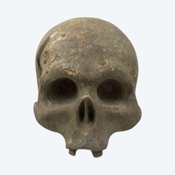 Vanité, Crâne En Bois Sculpté Et Laqué. XVIIIème