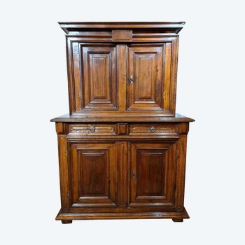 Two-body cabinet with recessed upper body in walnut, second half of the 16th century