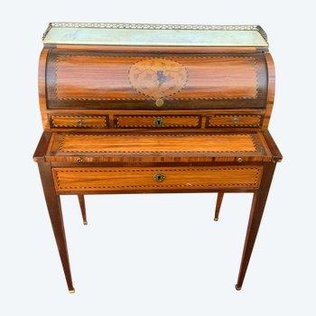 Bureau de dame à cylindre en marqueterie d'époque louis XVI