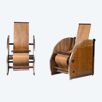 Paire de fauteuils — Travail moderniste