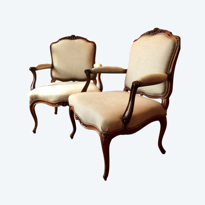 Pair of large armchairs stamped Saint Georges