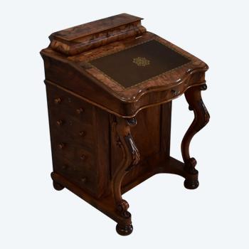 Davenport Desk in Walnut, Origin England - Mid 19th Century