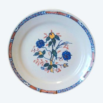 Earthenware plate: 18th century mills.