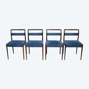 Suite de 4 Chaises Scandinaves – 1960