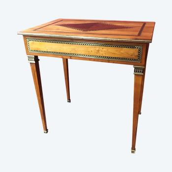 Rare middle table, 19th century
