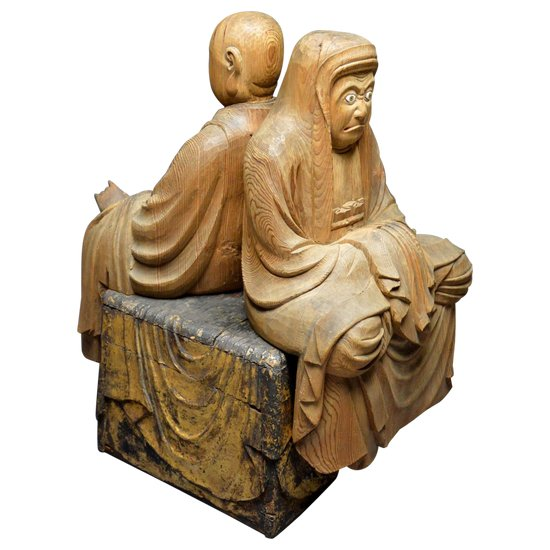 Japan - Edo period (1616 - 1868) / Large wooden group representing Bodhidharma and an Arhat