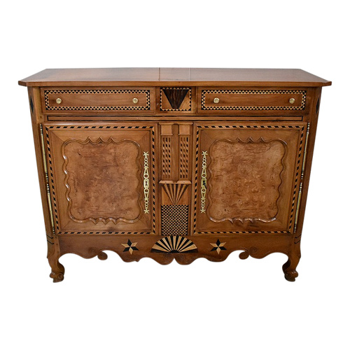 Atypical Regional Buffet, in Cherry and various woods, Louis XV period - 1810/1820