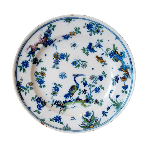 Earthenware plate: 18th century Alcora.