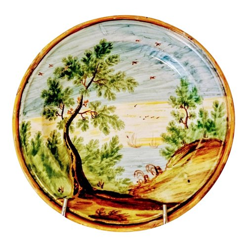 Assiette en faïence : Italie Castelli XVIIIème siècle.