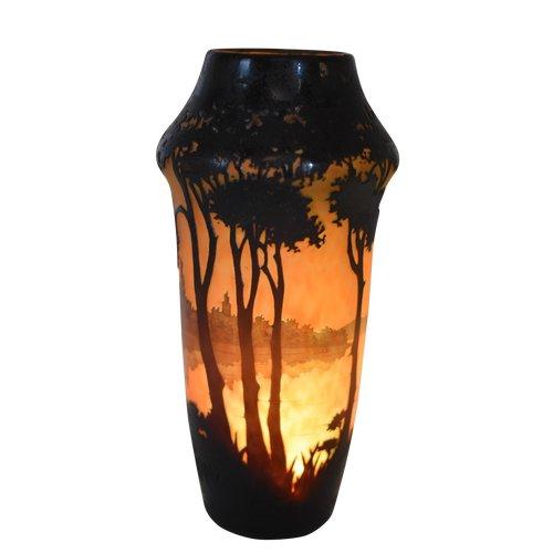 Daum - Lacustrine landscape vase - Multilayer acid-etched glass - France, circa 1910.
